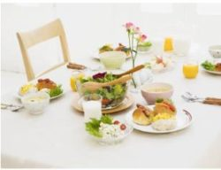 食事のテーブル